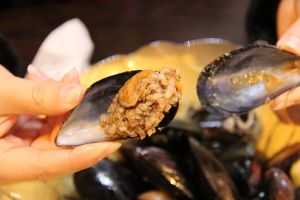 Midye Dolma - Turkish stuffed mussels